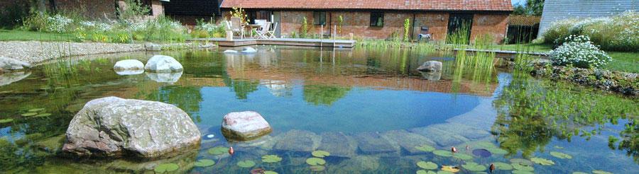 Biologische zwemvijver
